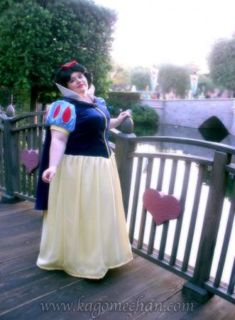 Snow White from Snow White and the Seven Dwarfs worn by Kagome-chan