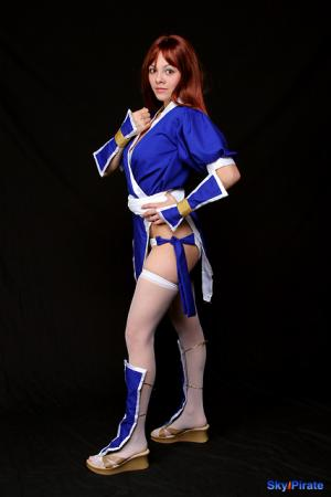 Kasumi from Dead or Alive worn by Ayanami Lisa