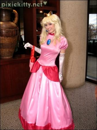Princess Peach Toadstool from Super Princess Peach worn by Pixie Kitty