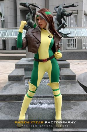 Rogue from Marvel vs Capcom 2