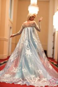 Elsa from Frozen worn by Lady Ava
