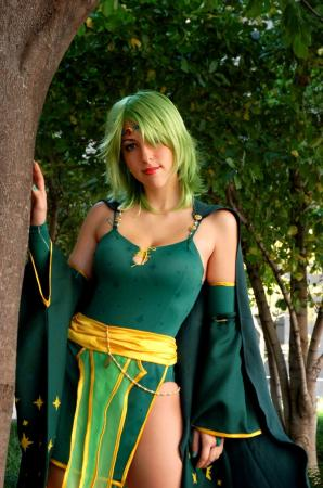 Rydia from Final Fantasy IV worn by Kisa Cosplay