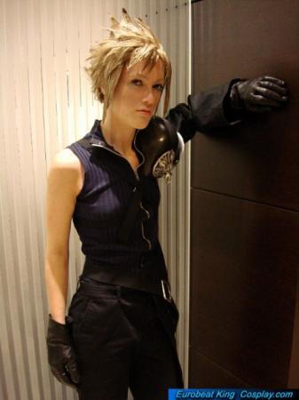 Cloud Strife from Final Fantasy VII: Advent Children worn by RuffleButt