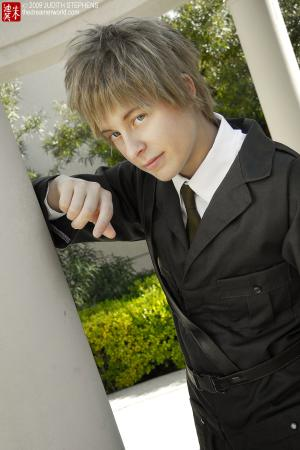 UK / England / Arthur Kirkland worn by Rikku