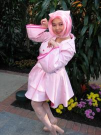 Mew / Myu from Pokemon worn by Scarlet Prettycure