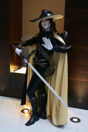 D from Vampire Hunter D: Bloodlust worn by Ali
