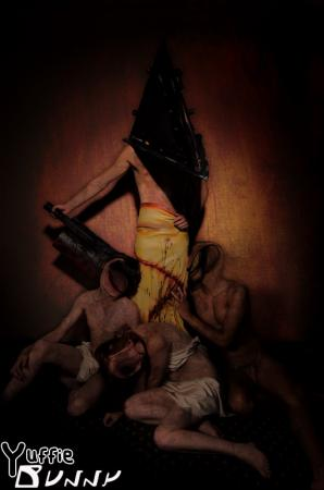 Pyramid Head from Silent Hill 2 worn by YuffieBunny
