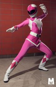 Pink Ranger from Mighty Morphin' Power Rangers  by YuffieBunny