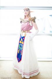 Princess Zelda from Legend of Zelda: Ocarina of Time worn by Ambrosia