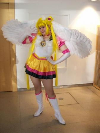 Eternal Sailor Moon from Sailor Moon Sailor Stars worn by Mizu