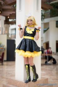 Kagamine Rin from Vocaloid 2 worn by CherryTeaGirl