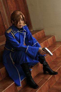 Riza Hawkeye from Fullmetal Alchemist worn by Kyubi Kitsy