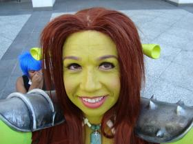 Fiona from Shrek worn by Lightning Count