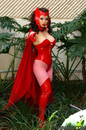 Scarlet Witch from Avengers, The worn by Yaya (AngelicStar)