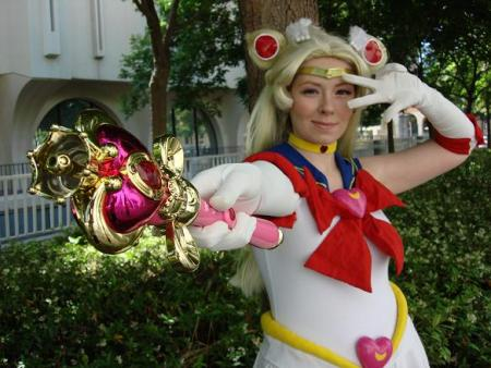 Super Sailor Moon from