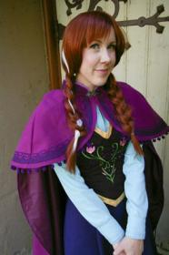 Anna from Frozen worn by NyuNyu