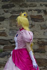 Princess Peach from Super Smash Bros. Brawl  by Ryoko-Dono