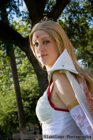 Rosa from Final Fantasy IV worn by Illuzions
