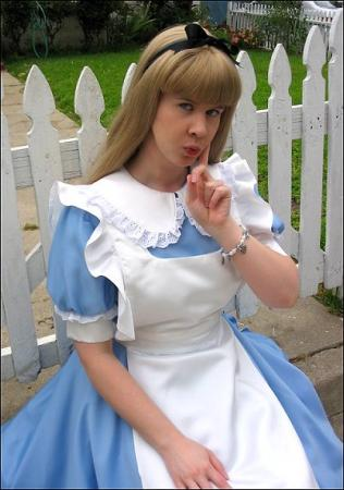 Alice from Alice in Wonderland worn by Lynleigh XOXO Cosplay