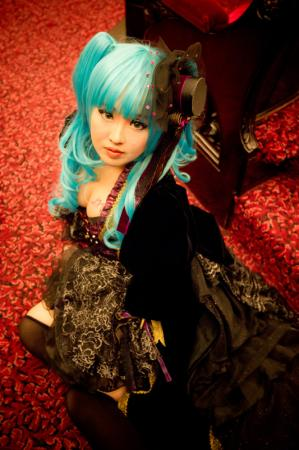 Hatsune Miku from Vocaloid 2 worn by PinkyLuXun