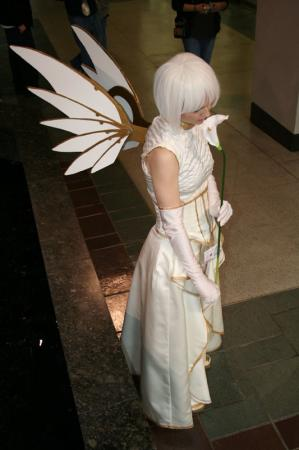 Suu from Clover worn by Haku