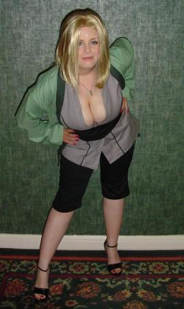 Tsunade from Naruto worn by Mako