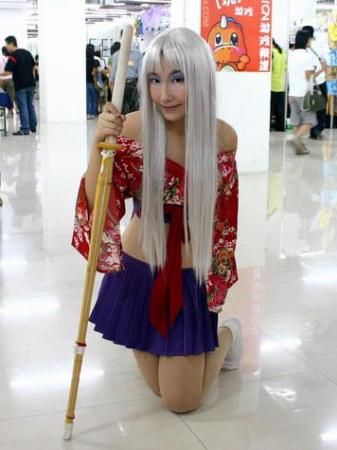 Maya Natsume from Tenjou Tenge