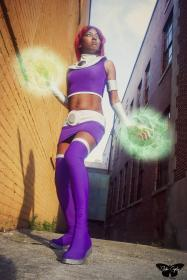 Starfire from Teen Titans worn by Resha