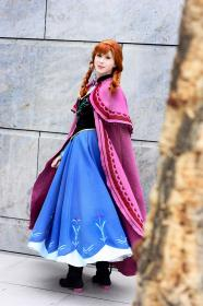 Anna from Frozen worn by Kairi_Heartless