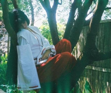 Kikyo from Inuyasha worn by Kagzilla