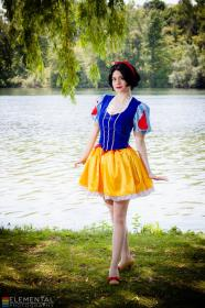 Snow White from Snow White and the Seven Dwarfs (Worn by Stray Wind)