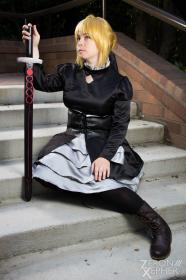 Saber Alter from Fate/Stay Night (Worn by Zip)