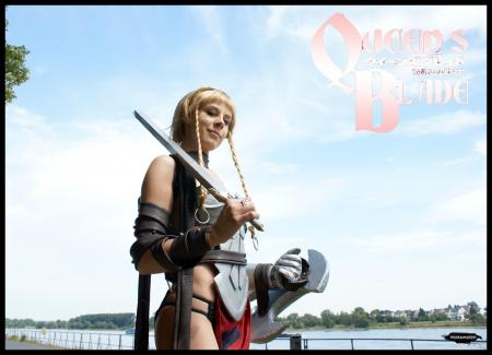 Reina / Leina from Queen's Blade: Rurou no Senshi worn by Redlotus