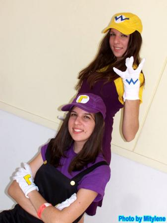 Waluigi from Super Smash Bros. worn by Interstella