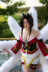Ahri from League of Legends by Toastersix