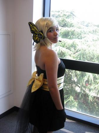 Kagamine Rin from Vocaloid 2 worn by Sapharia