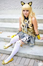 SeeU from Vocaloid 3 worn by Sapharia