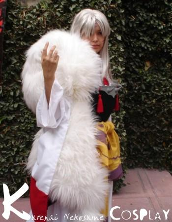 Sesshoumaru from Inuyasha worn by Kurenai Nekosume