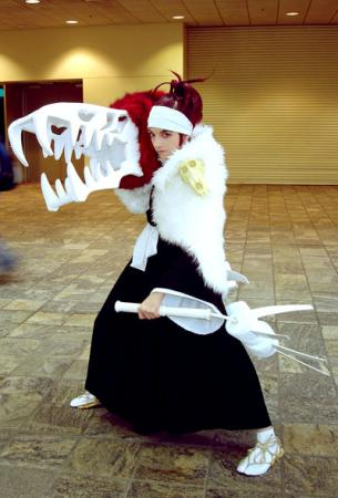 Renji Abarai from Bleach worn by Nyanko-chan