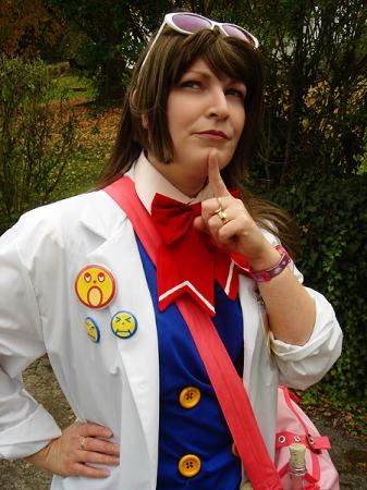 Ema Skye from Phoenix Wright: Ace Attorney worn by Rogue