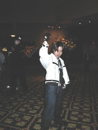 Kyo Kusanagi from King of Fighters 2000 worn by Genjitsu