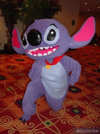 Stitch from Kingdom Hearts 2 worn by Ash