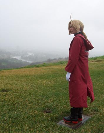 Edward Elric from Fullmetal Alchemist worn by Sana-chan