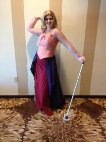 Sarah Sanderson from Hocus Pocus worn by Kira Rhian