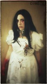 Alice from Alice: Madness Returns worn by carrousel