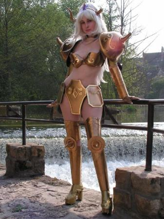 Aldebaran Taurus from Saint Seiya worn by Elaïse