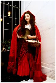 Red Riding Hood from Once Upon a Time worn by Tess
