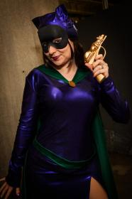 Catwoman from Batman worn by Roserevolution