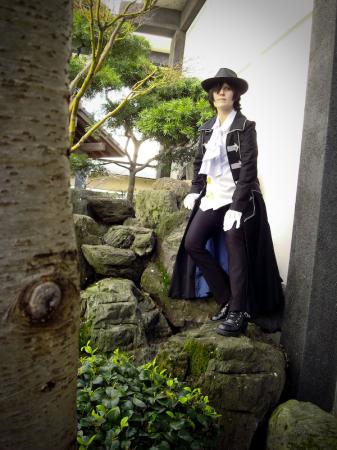 Gilbert Nightray (Raven) from Pandora Hearts worn by Luna