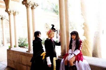 Alice from Pandora Hearts worn by Luna